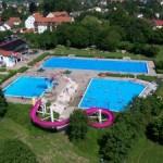 Luftaufnahme des Freibades Osterhofen