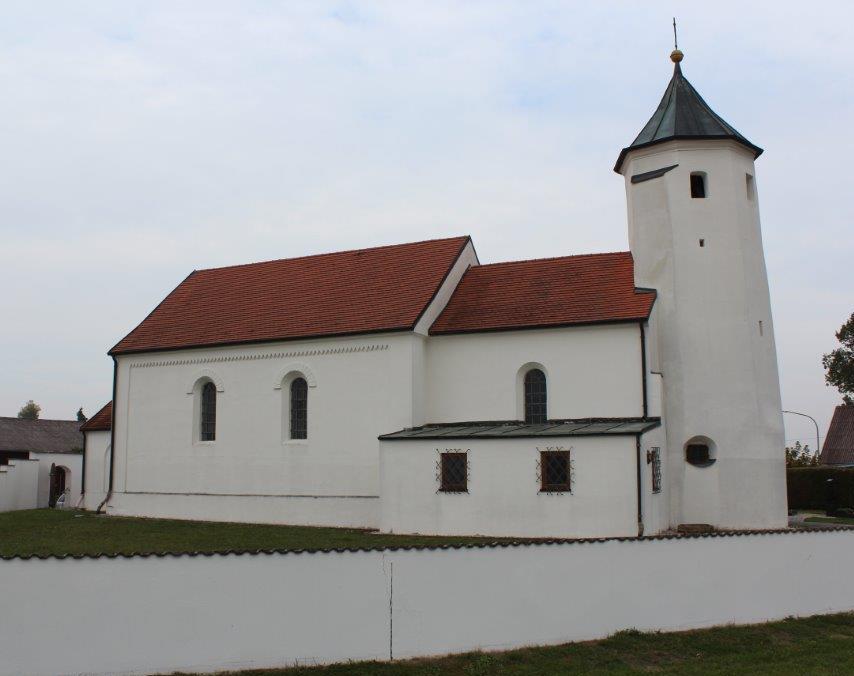 Pfarrkirche Hl. Hippolytus in Niedermünchsdorf